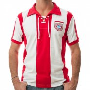 Camiseta Retro Mania Bayer 1969