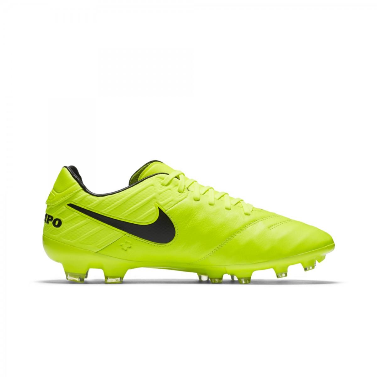 f9fa67999befb Chuteira Campo Nike Legacy II FG 819218-707 - Verde - Botas Online ...