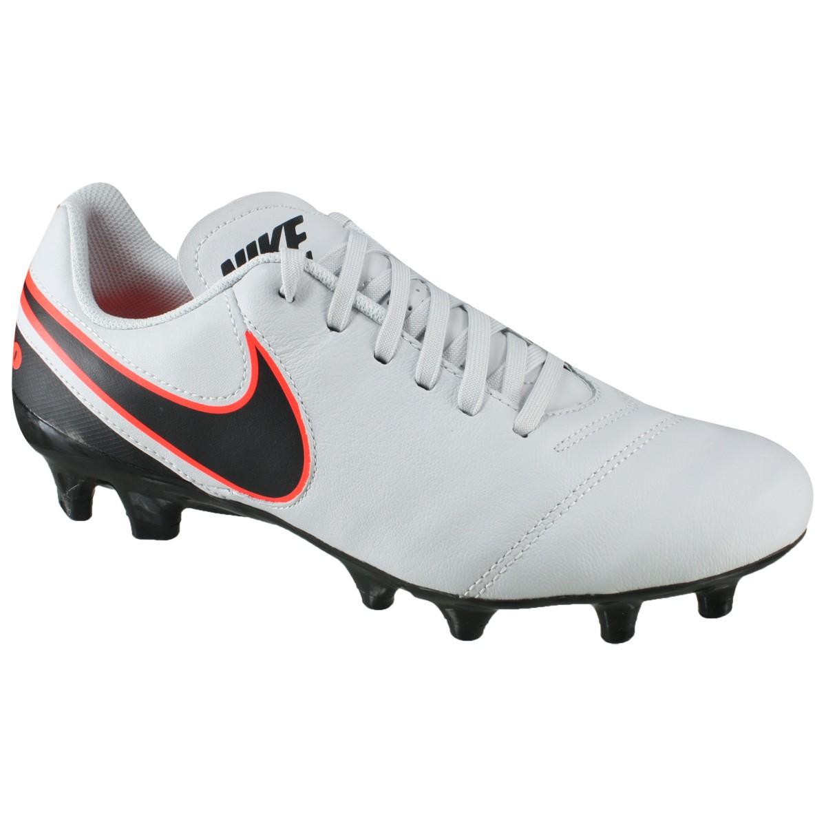 Chuteira Tiempo Genio II Leather FG Nike 819213-001 - Cinza - Botas ... 806a0747cfb16
