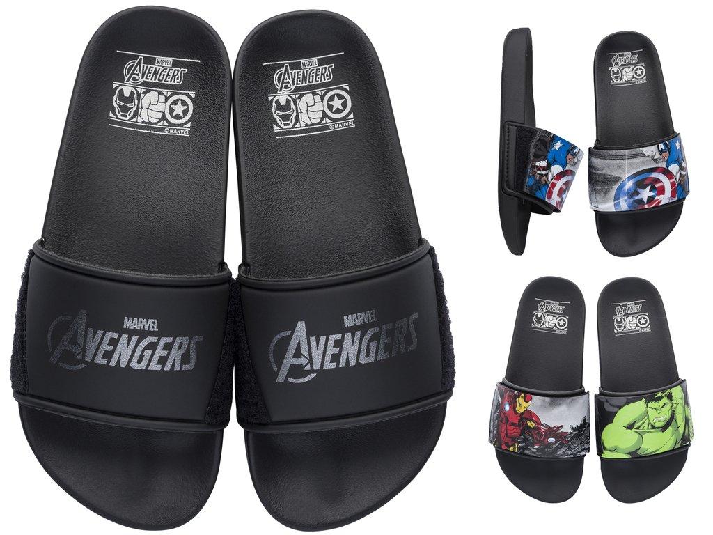 56b6eae914f6a Amplie a imagem. Sandália Infantil Grendene Avengers Com Troca Heróis
